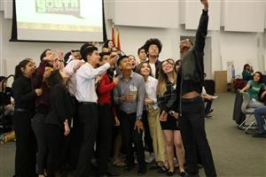 YYTH students take a selfie